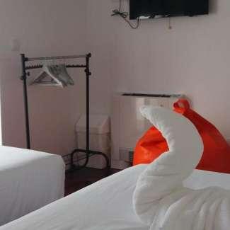 2 camas hostel
